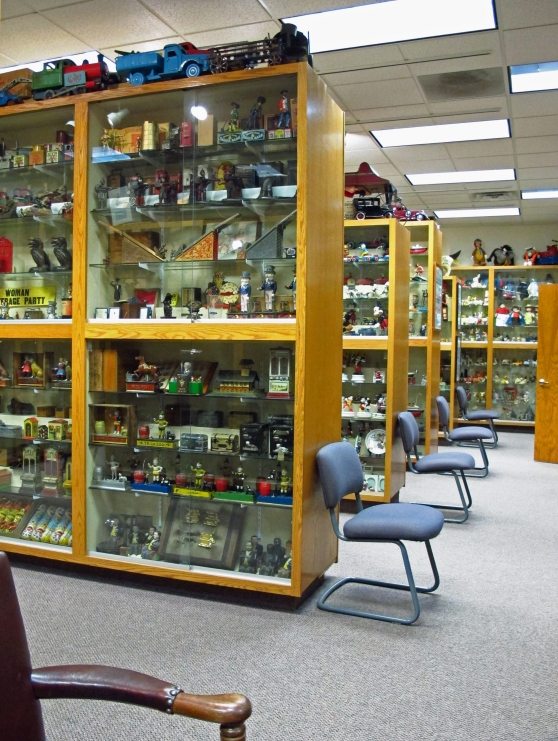 All toys in Kidd's Toy Museum are behind glass
