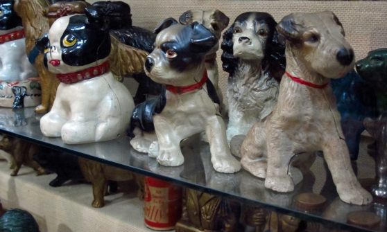 Kidd's Toy Museum doggie banks.