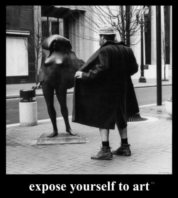 Mike Ryerson's famous Expose Yourself to Art poster with local pub owner Bud Clark flashing new controversial statue Kvinneakt.