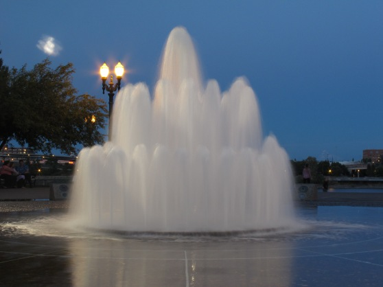 Salmon Street Springs Fountain on Wedding Cake